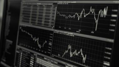Deutscher Leitindex DAX notiert vor 13.000 Punkte Marke – wann gelingt der Sprung?